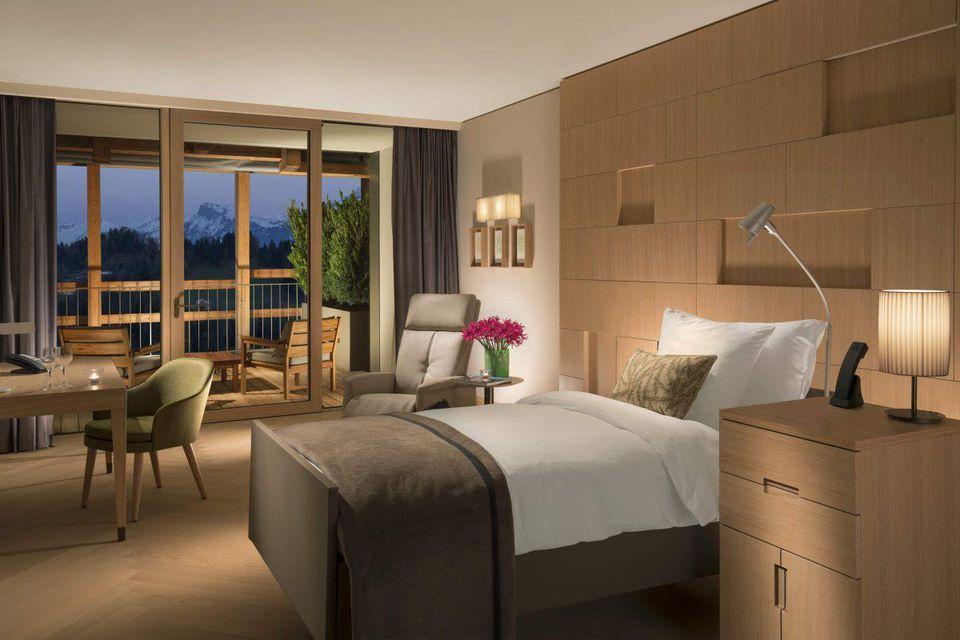 Waldhotel-Guestroom_Rehab-Room-2-1200x800