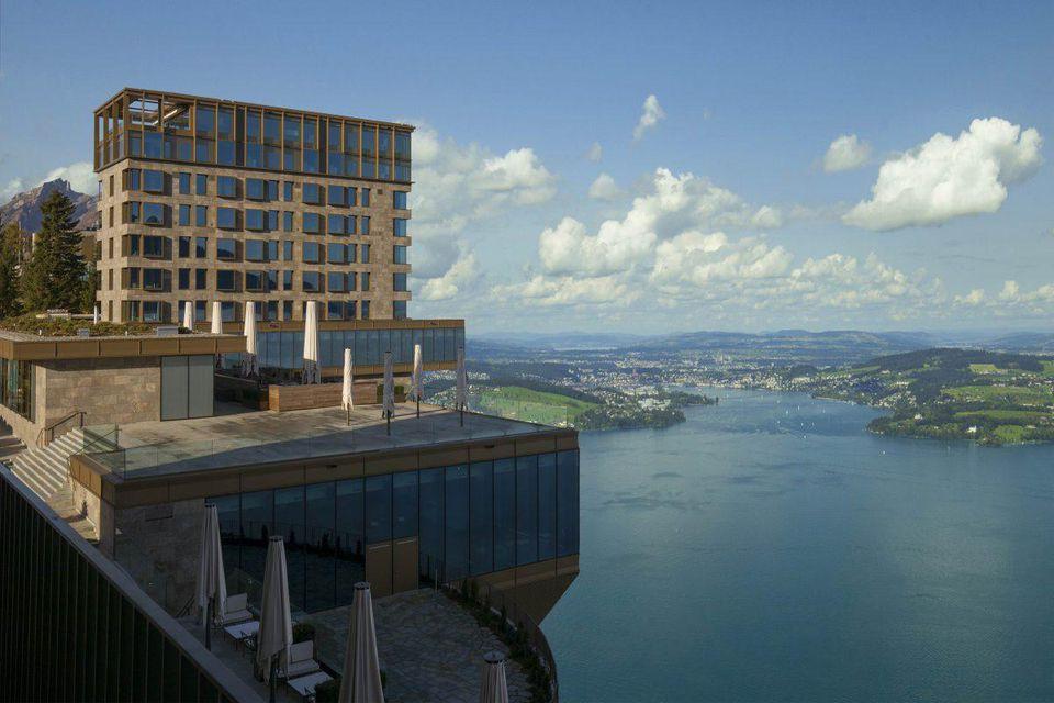 Buergenstock-Hotel_Exterior